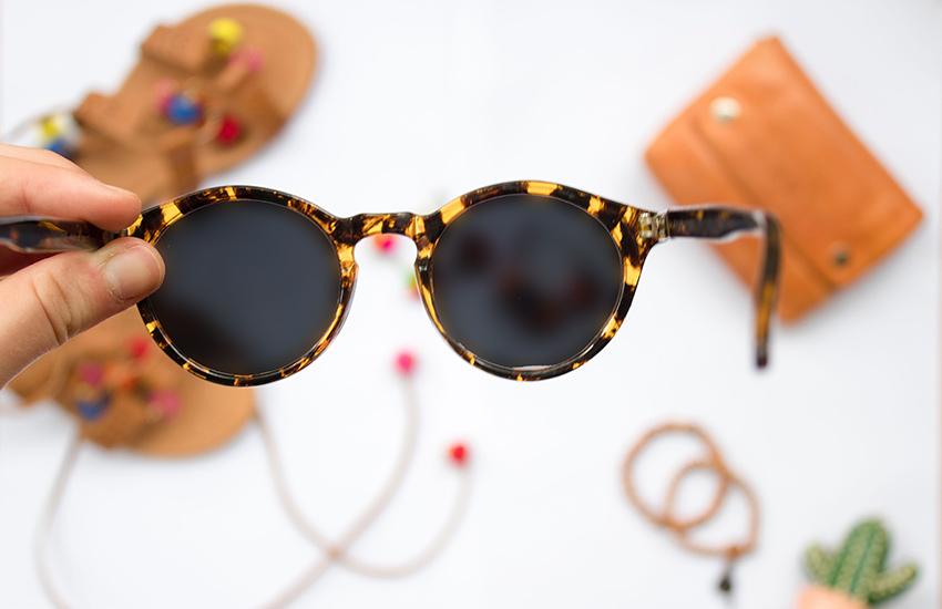 عینک آفتابی اصل از تقلبی