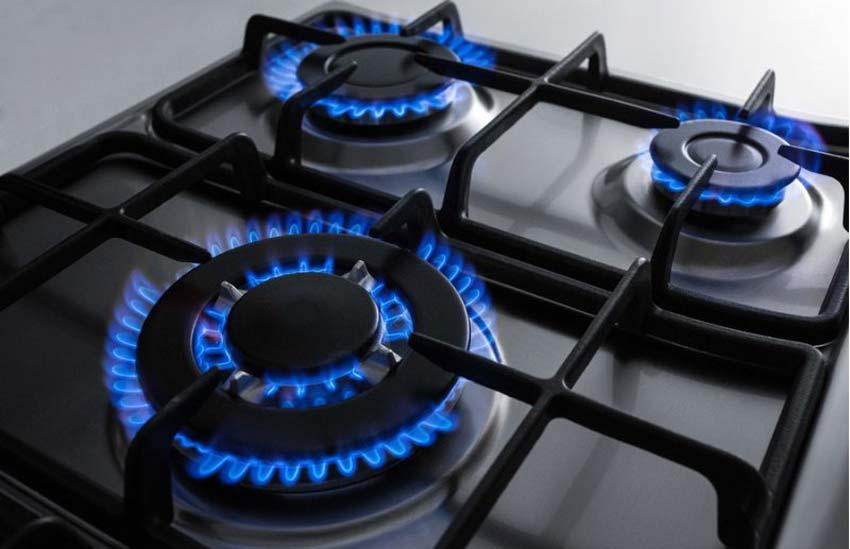 خرید اجاق گاز - اجاق گاز دارای شعلههایی با اندازه متفاوت