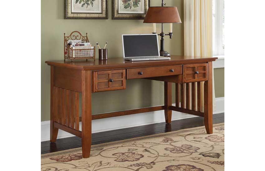میز و کامپیوتر صندلی، چهارپایه معمولی